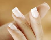 Проблемы с ногтями: трещины и расслоение