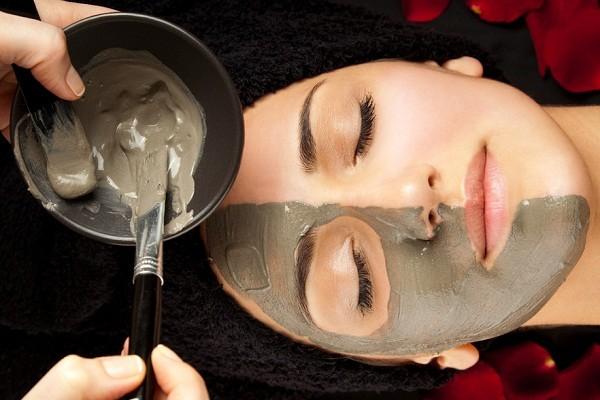 Что лучше очищает кожу лица